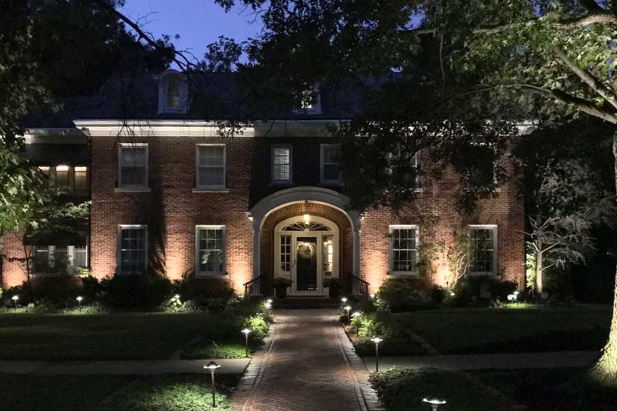 Outdoor lighting and entertainment systems for Oklahoma City and surrounding areas